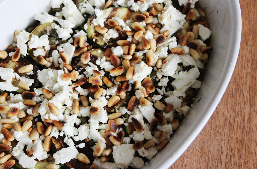 Antipasti Zucchini mit Fetakäse